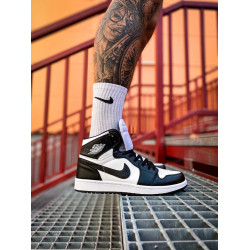 Nike Air Jordan 1 High Black/White черные с белым